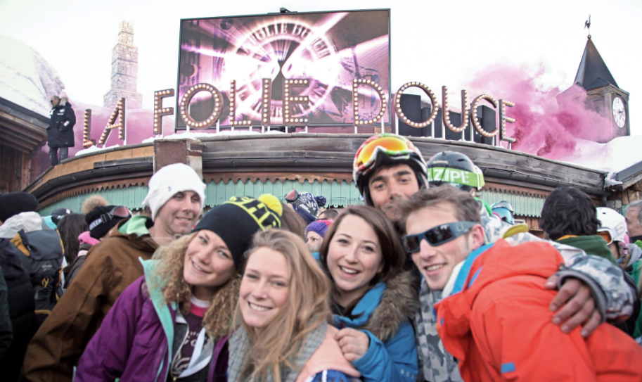 La Folie Douce, entertaining skiers in the Alps since 1969