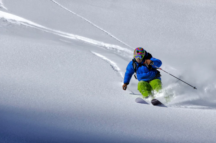 Steep turns in deep powder draw skiers from across the world to the Alps